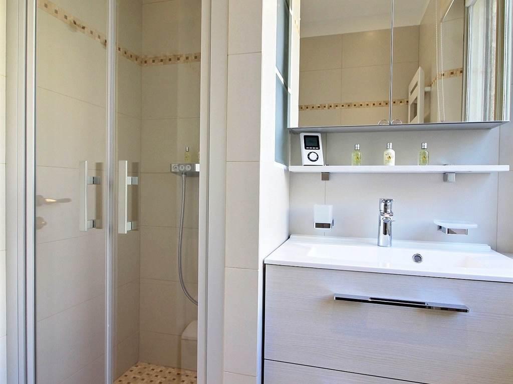 Bathroom Place des Vosges