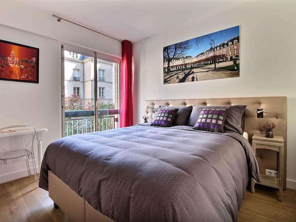 Bedroom / Chambre - Place des Vosges