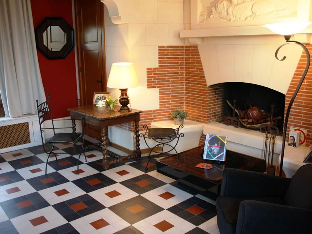 Chambre Montlouis cheminee