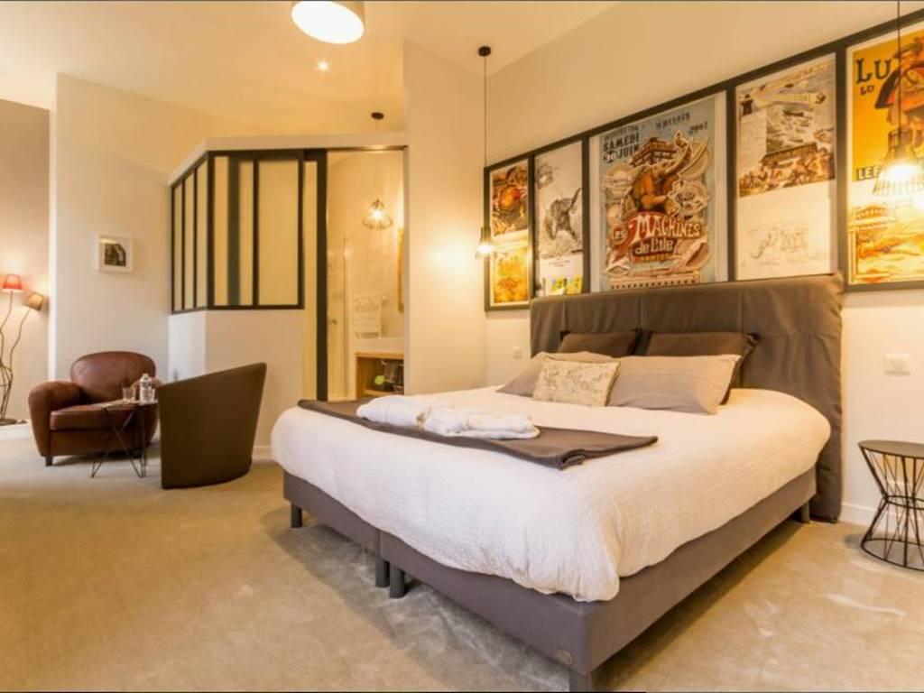 la chambre nantaise évoque le côté industriel et créatif de la région nantaise.