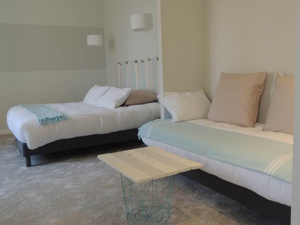 La chambre réataise aux couleurs douces et apaisantes du bord de mer.