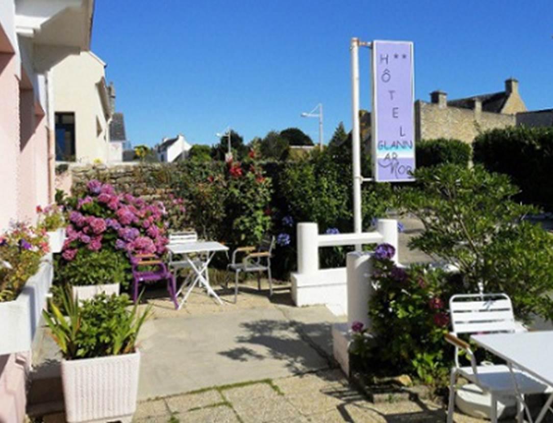 Façade-Hôtel-Glann-Ar-Mor-Arzon-Presqu'île-de-Rhuys-Golfe-du-Morbihan-Bretagne sud