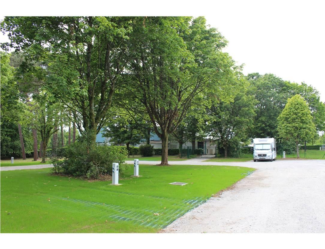 Aire-Camping-Car-Grand-Champ-Golfe-du-Morbihan-Bretagne sud