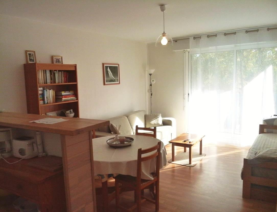 Séjour-appartement-Grégoire-Georges-arzon-morbihan-bretagne sud