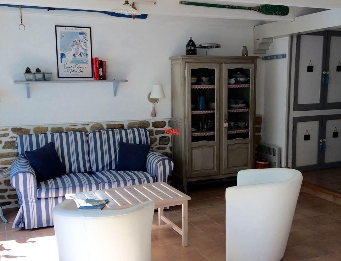 Coin-Salon-Location-Desmadryl-Stephany-Brigitte-Arzon-Presqu'île-de-Rhuys-Golfe-du-Morbihan-Bretagne sud