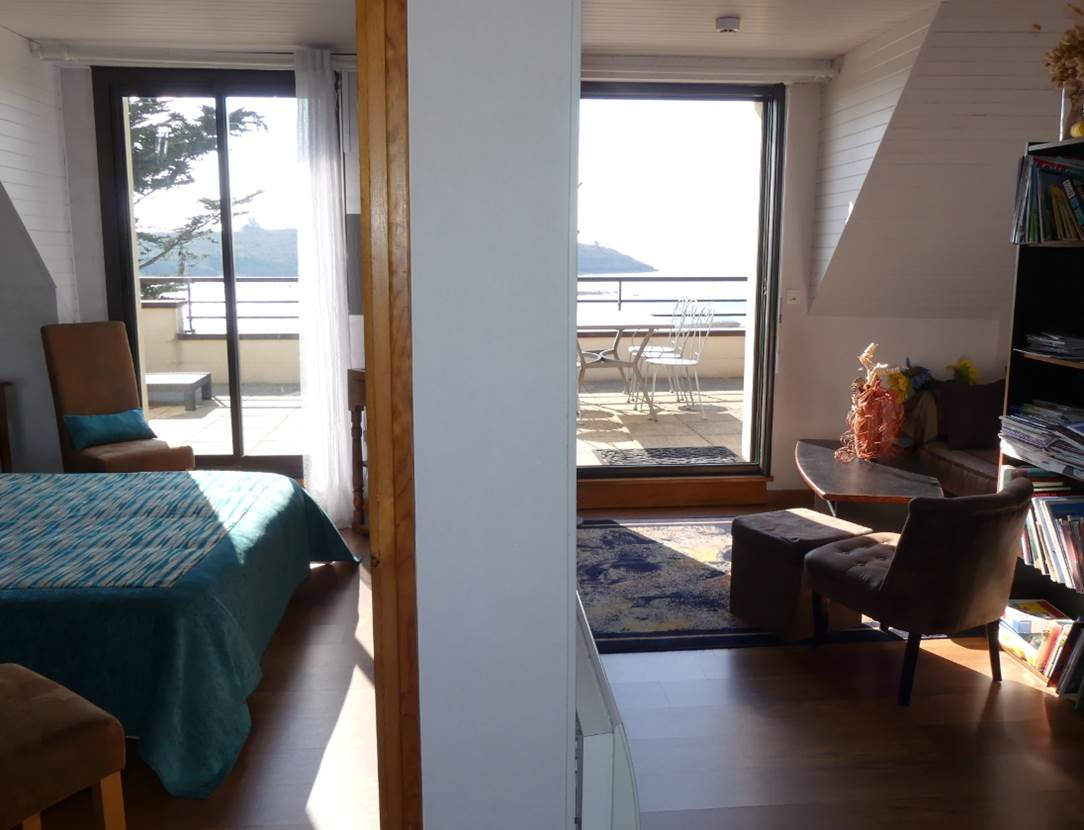 Houat-Appartement-Rabot-Corinne-Coin-Repas-Couloir-Arzon-Presqu'île-de-Rhuys-Golfe-du-Morbihan-Bretagne sud