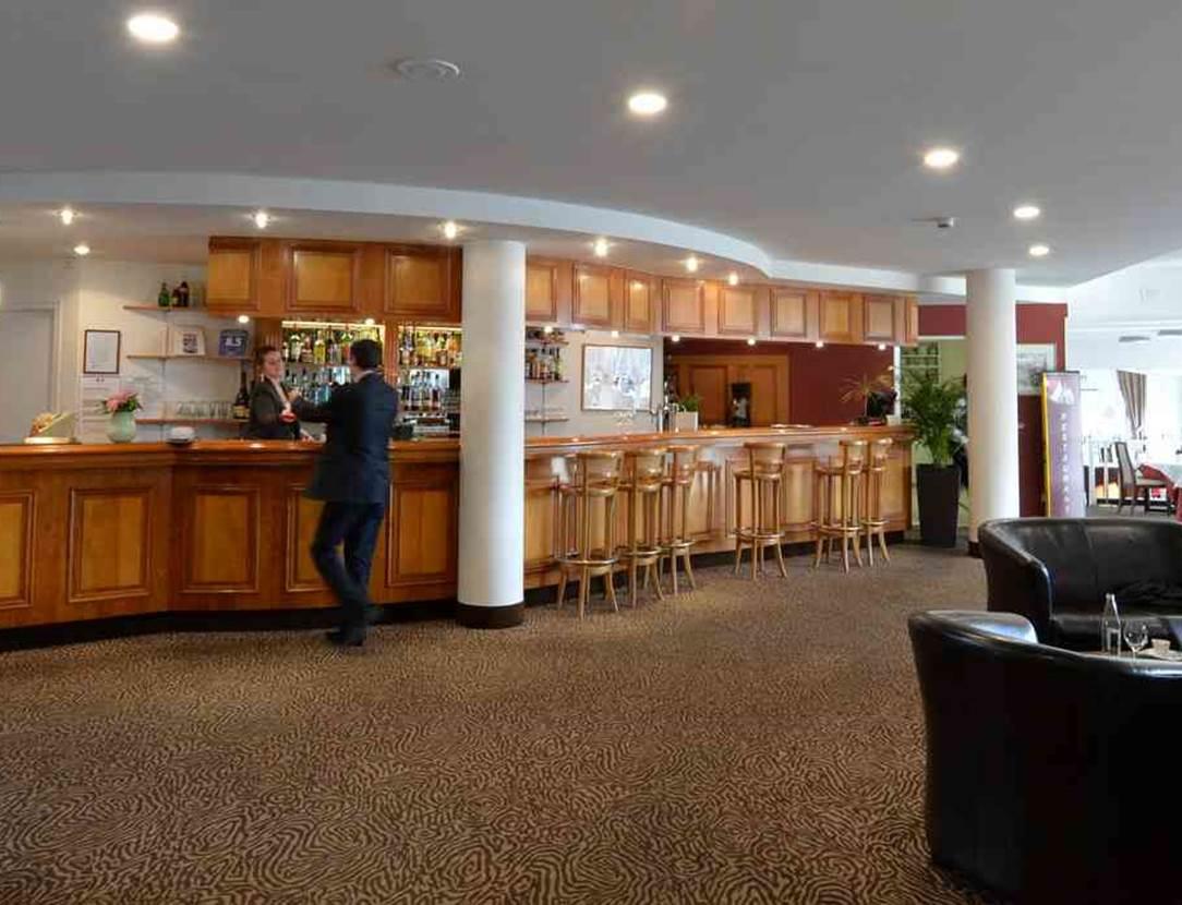 hotel-bestwesternleroof-vannes-Morbihan Bretagne Sud-reception