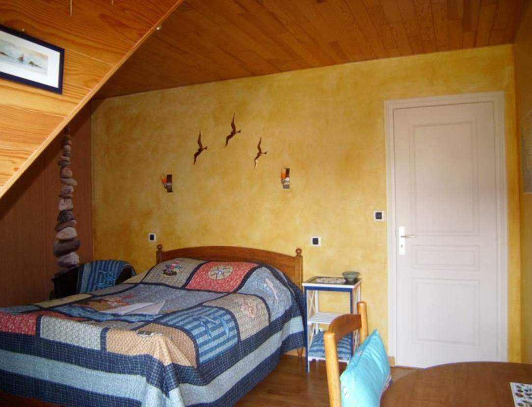 Chambre-Lit-Double-Chambre-Hôtes-Pedron-Armelle-Arzon-Presqu'île-de-Rhuys-Golfe-du-Morbihan-Bretagne sud