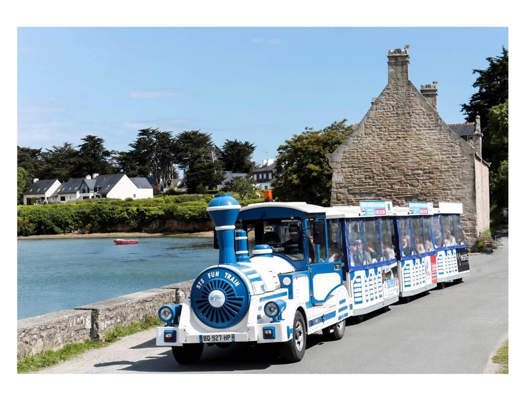 Petit-Train-Touristique-Arzon-Presqu'île-de-Rhuys-Golfe-du-Morbihan-Bretagne sud