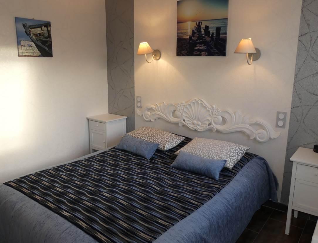 Appartement-Corinne-Rabot-Chambre-Arzon-Presqu'île-de-Rhuys-Golfe-du-Morbihan-Bretagne sud