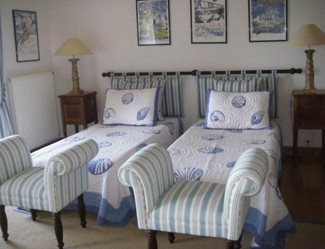 Cahmbre-lits-simples-maison-Le-Coze-arzon-morbihan-bretagne sud