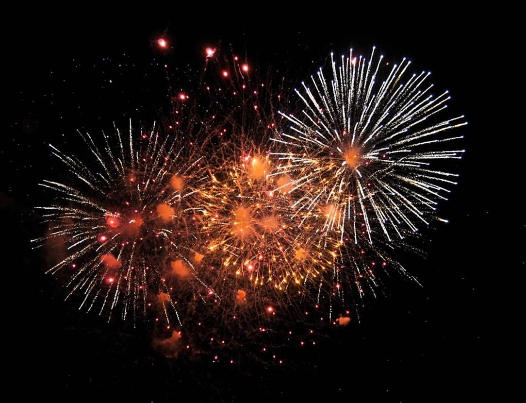 bal populaire-feu d'artifice-fete national-baden-golfe du morbihan-bretagne sud