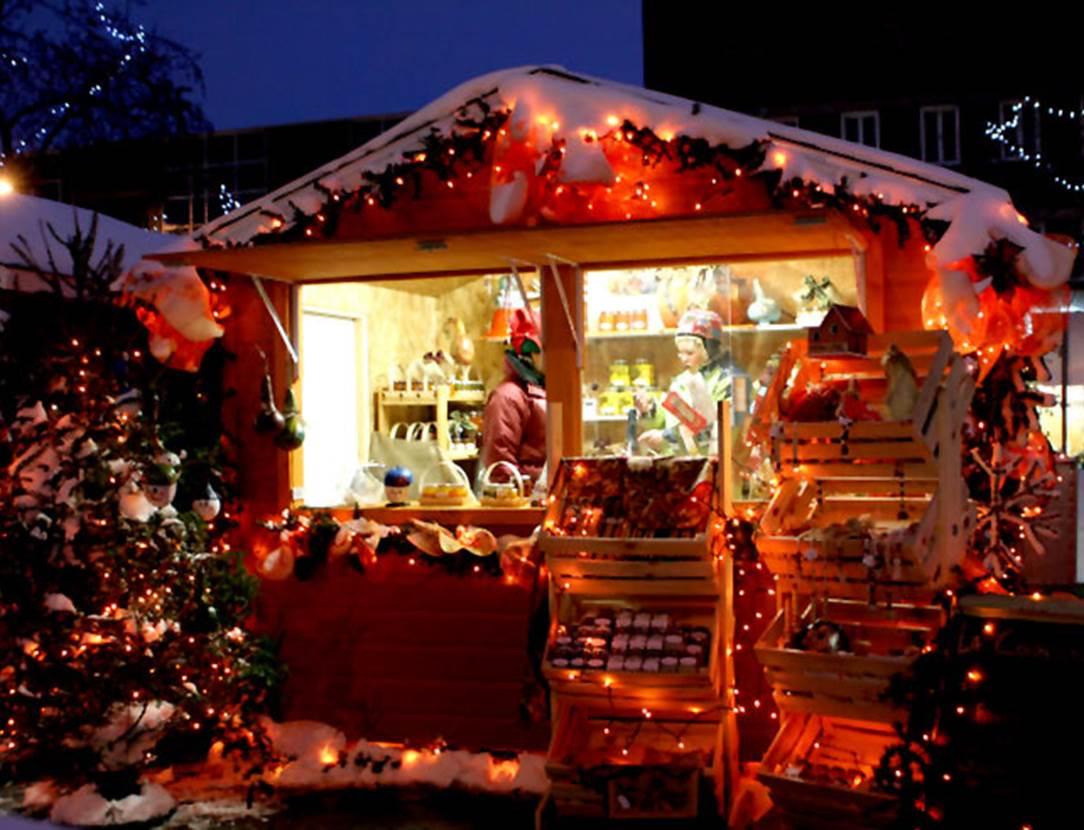 Marché de Noël-Place de la Voile-Locmaria-Grand-Champ-Golfe du Morbihan-Bretagne-Sud
