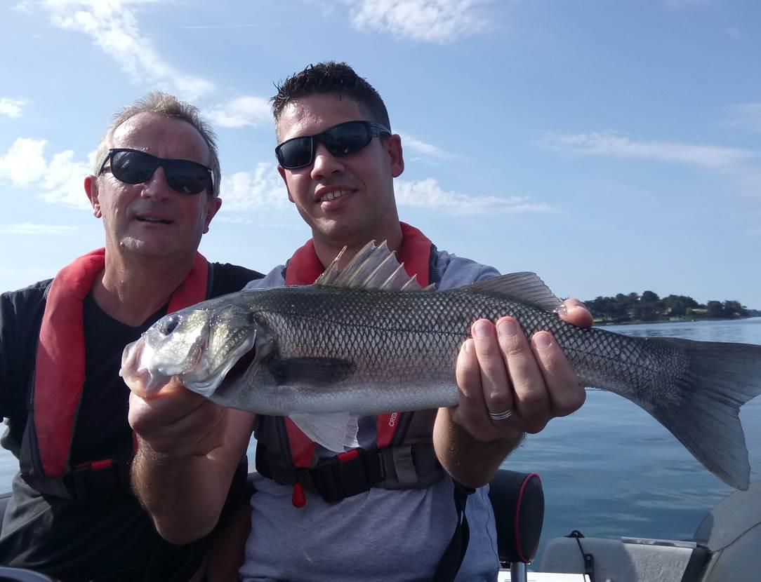 Guide de pêche dans le Golfe du Morbihan- Sortie pêche en mer en bateau- Guide de pêche Vannes, Sarzeau, séné, Larmor-Baden, Arzon
