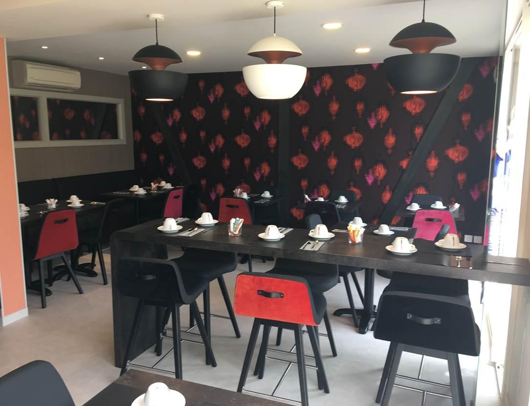 Salle petit déjeuner hôtel La marébaudière Vannes