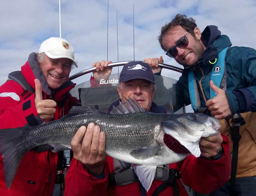Guide de peche Golfe du Morbihan - Stage de pêche en mer - Sortie pêche à Sarzeau - Port du Logeo