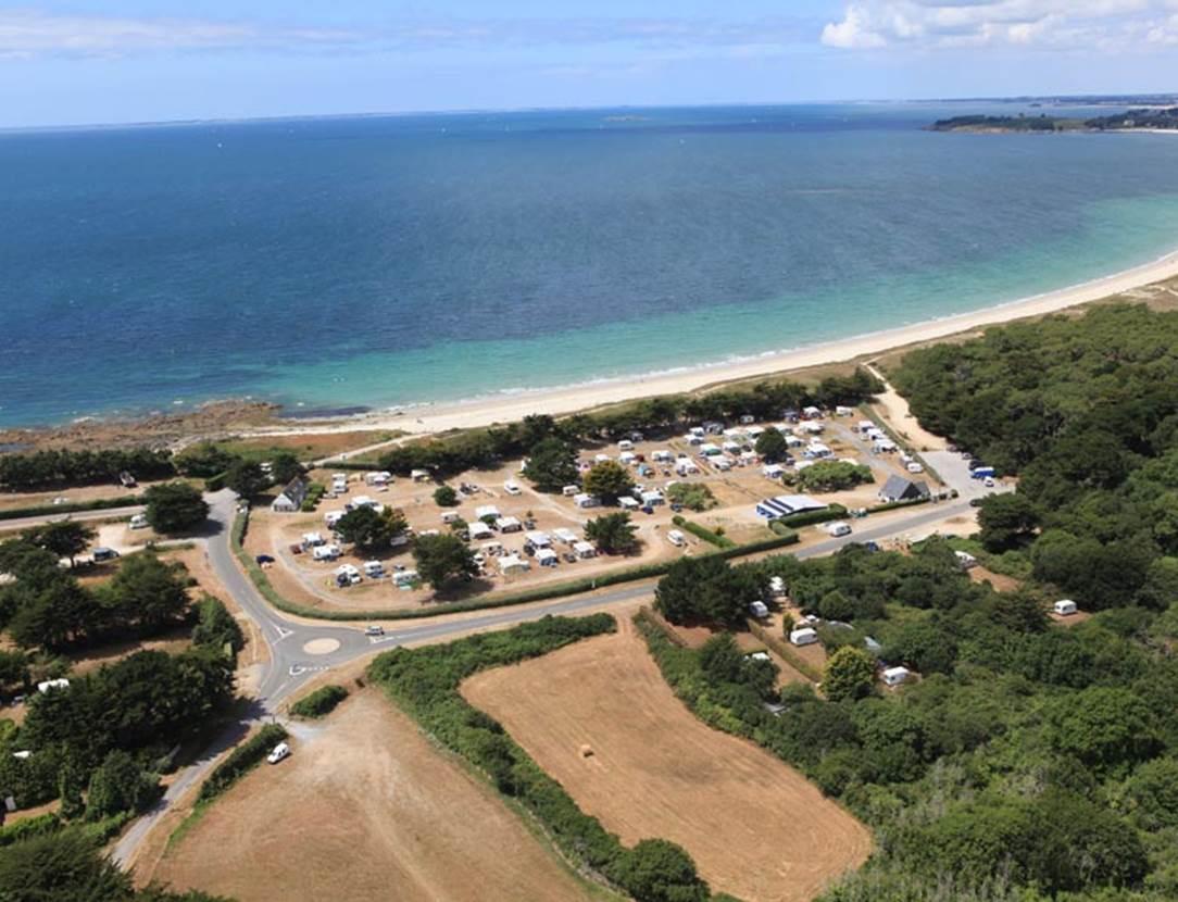 Vue-Aérienne-Camping-Municipal-du-Kerver-Saint-Gildas-de-Rhuys-Golfe-du-Morbihan-Bretagne sud