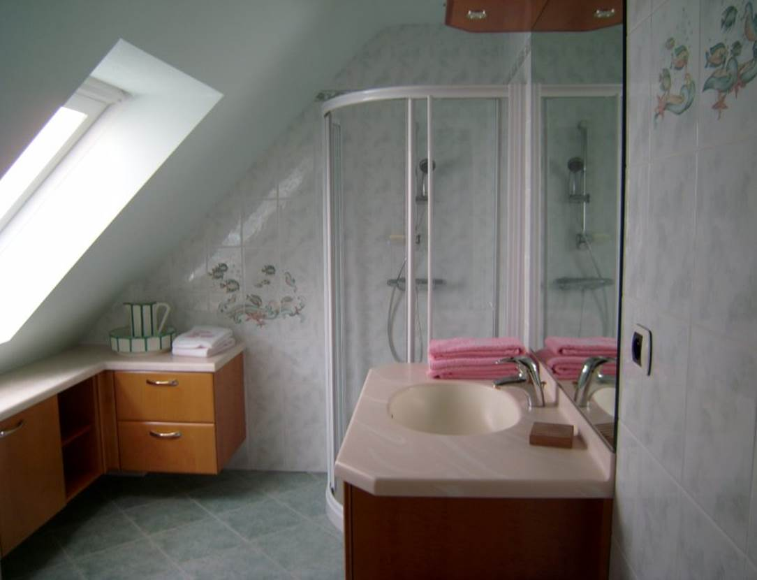 Salle-de-bain-Chambre-Hôtes-Pedron-Armelle-Arzon-Presqu'île-de-Rhuys-Golfe-du-Morbihan-Bretagne sud