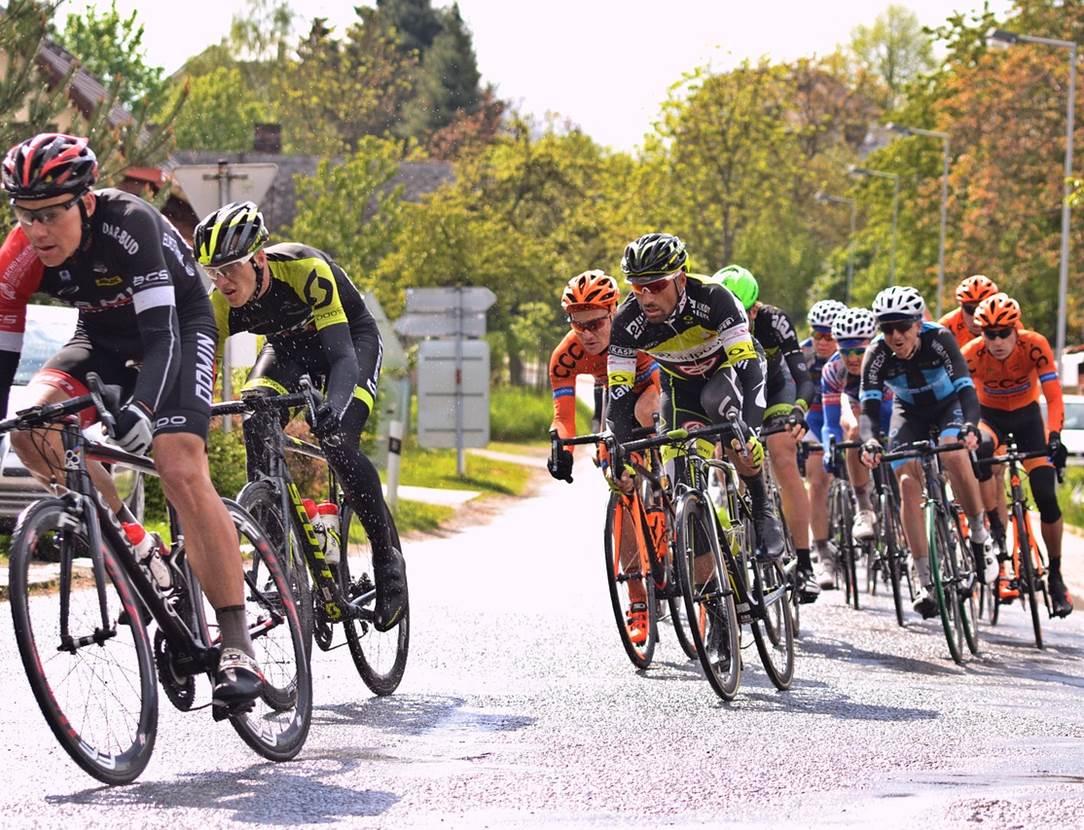 Etape-de-la-course-cycliste-L'Estivale Bretonne-Grand-Champ-Golfe-du-Morbihan-Bretagne sud
