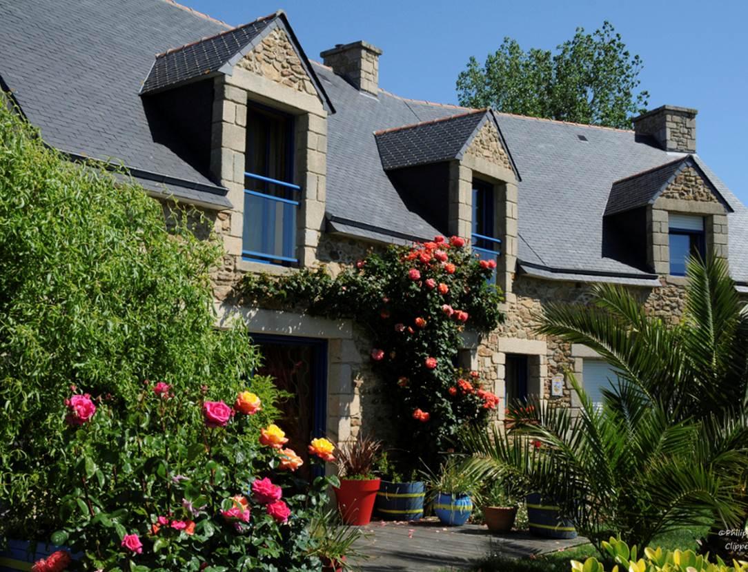 Façade-Maison-Chambre-Hôtes-Pedron-Armelle-Arzon-Presqu'île-de-Rhuys-Golfe-du-Morbihan-Bretagne sud