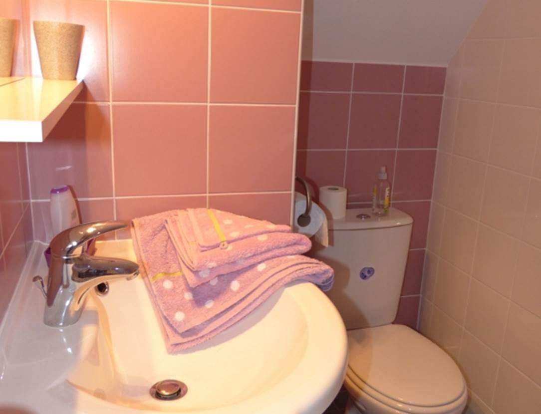 Salle-de-bain-Chambre-dhôte-Pedron-Huguette-sarzeau-morbihan-bretagne sud