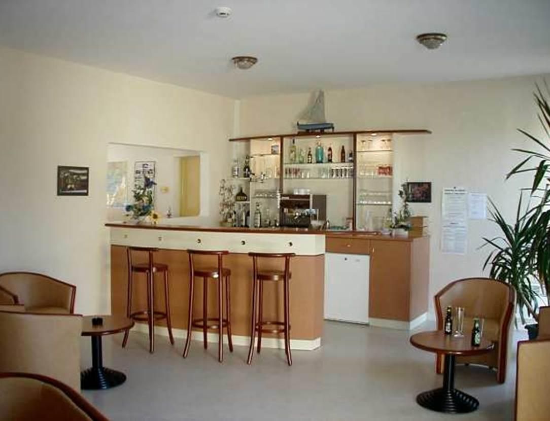 Bar-Maison-Marine-Marie-Le-Franc-Sarzeau-Presqu'île-de-Rhuys-Golfe-du-Morbihan-Bretagne-sud
