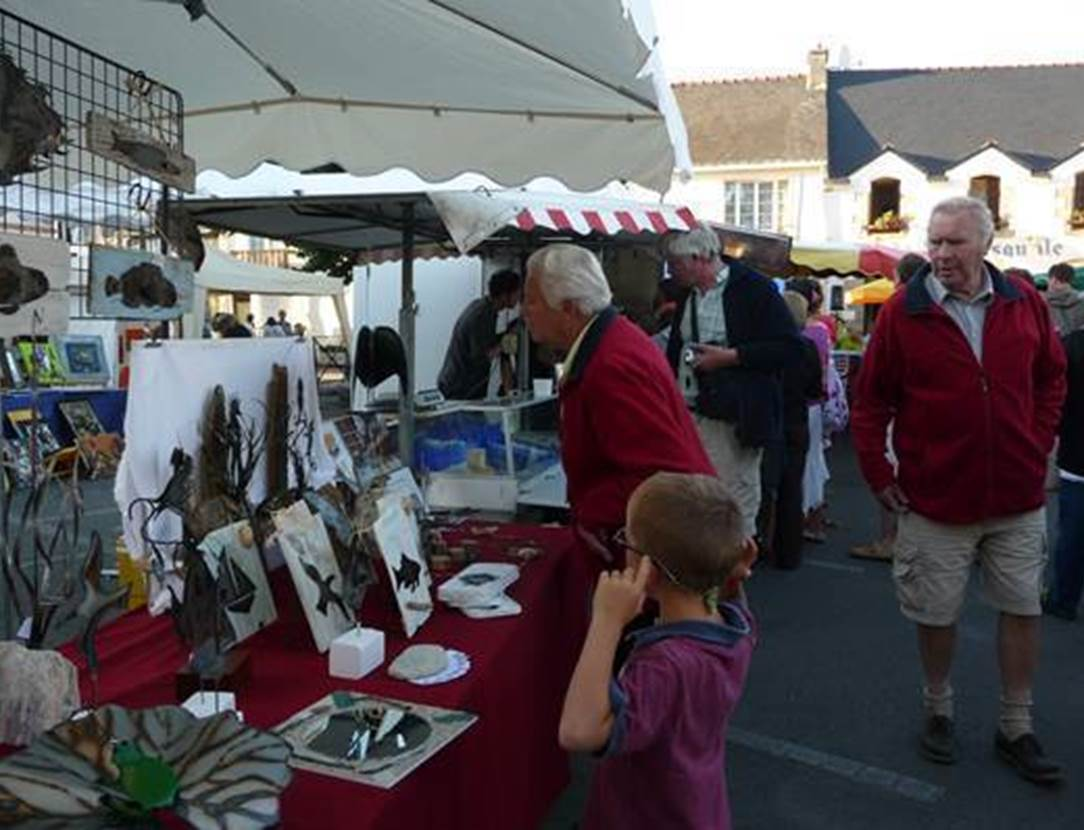 Marché-bio-et-artisanal-Saint-Gildas-de-Rhuys-Morbihan-Bretagne Sud