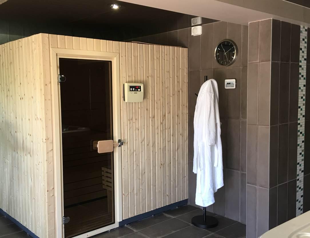 sauna la marebaudiere hotel vannes