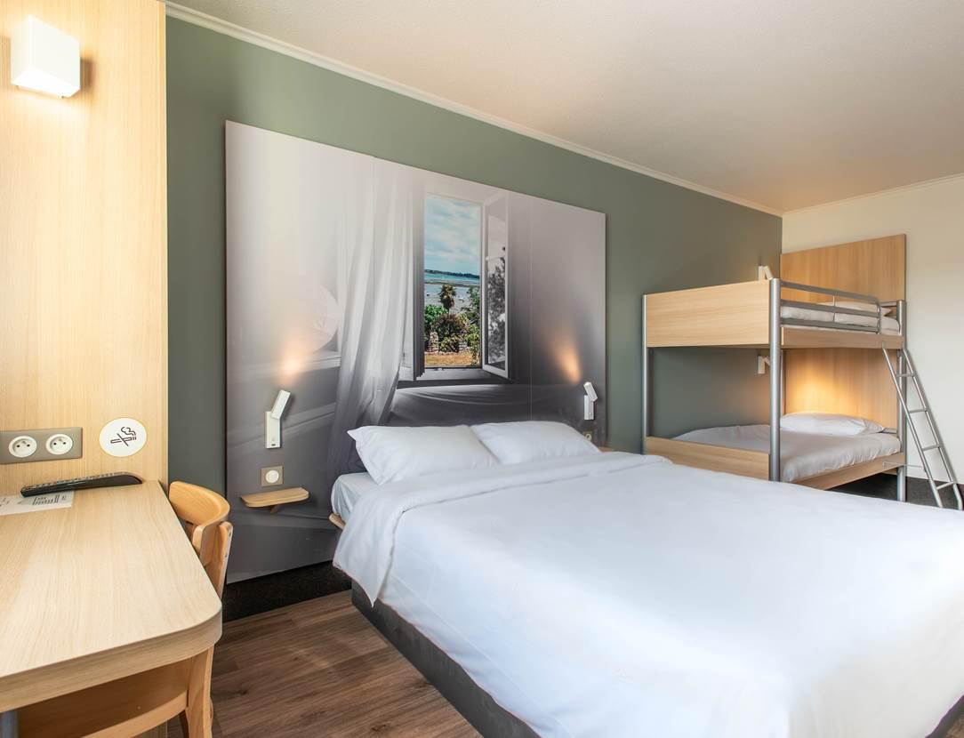 hotel bb vannes ouest golfe du morbihan_chambre famille_chambre climatisée_accès wifi