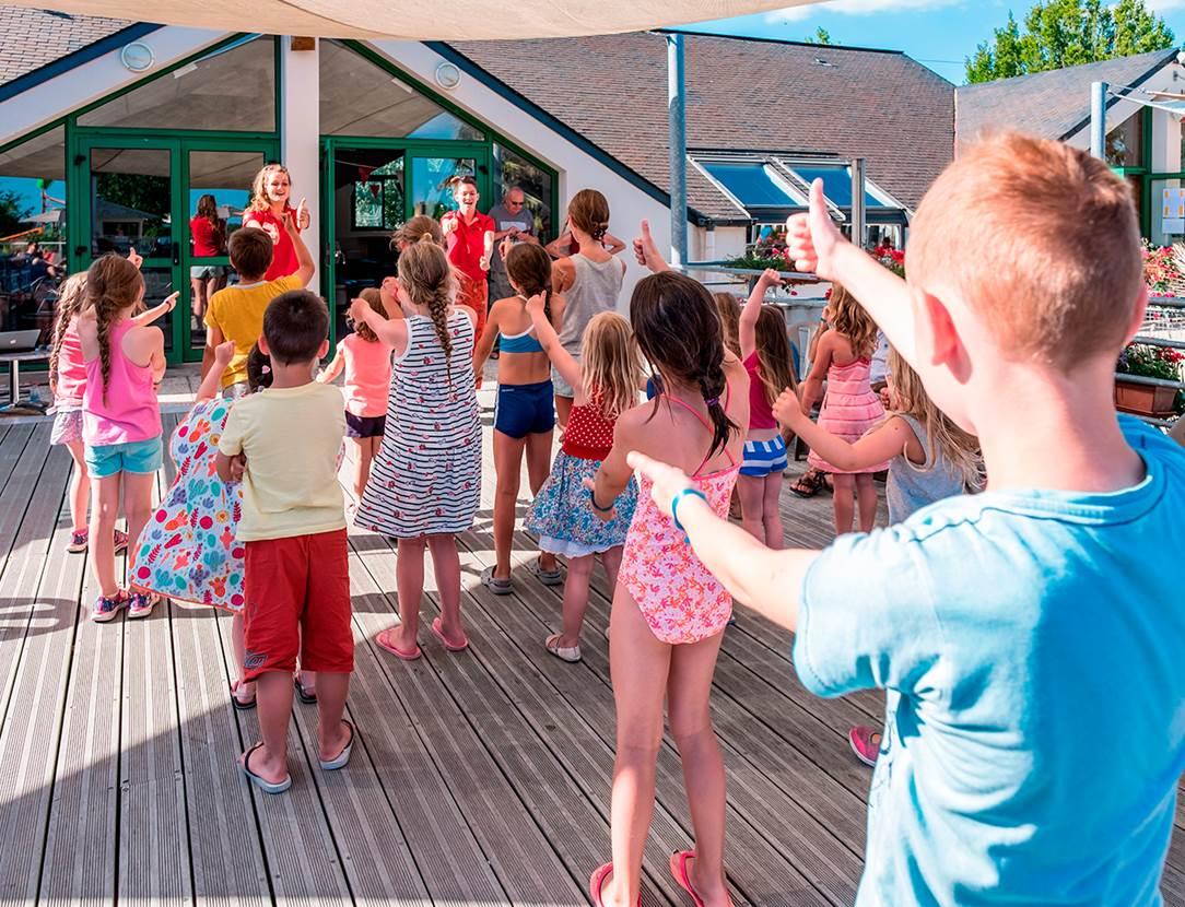 Le club enfants au camping Mané Guernehué