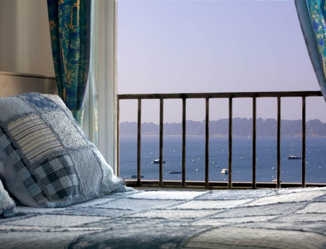 hôtel du parc fétan à Larmor-Baden, chambre vue sur mer