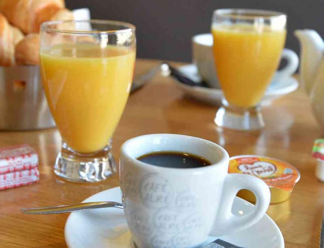 hotel-ibis-styles-vannes-petit-déjeuner