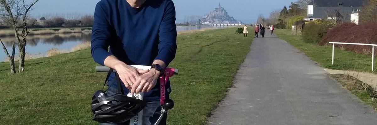 Votre coach , en pause , voie verte, au Mont Saint Michel. 032019