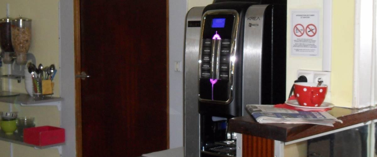 Distributeur boisson hôtel jean bart rue jean bart 75006 paris