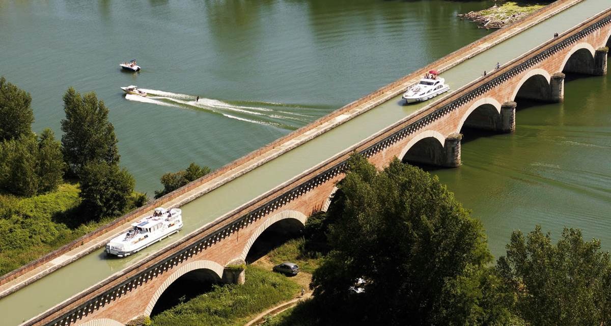Moissac, le pont canal