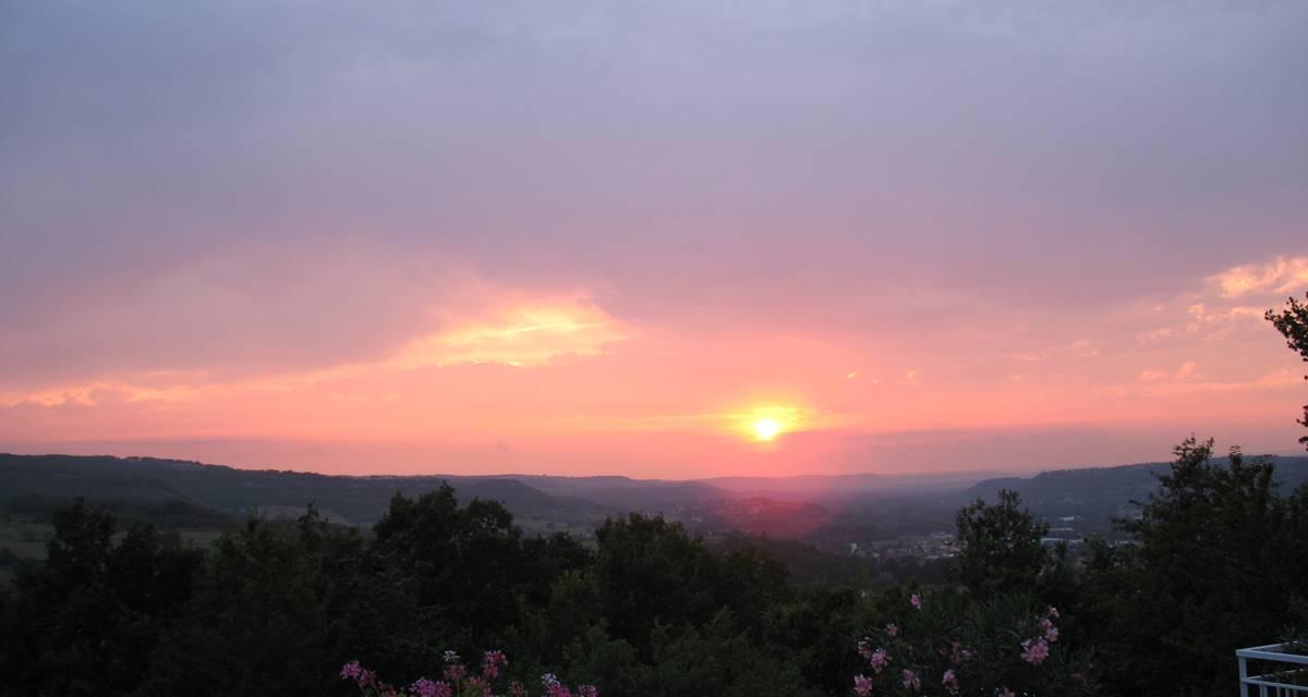 Coucher soleil sur la vallée de la Dordogne