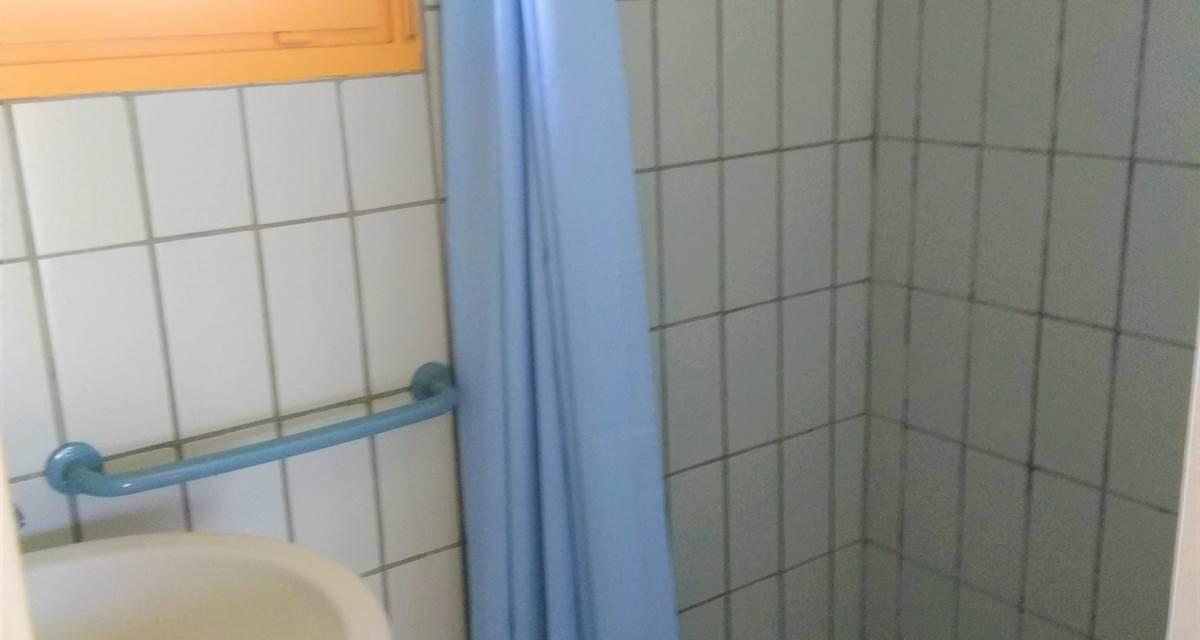 Salle d'eau d'un gîte