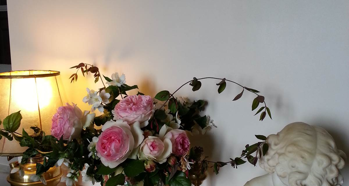 Guéridon fleuri