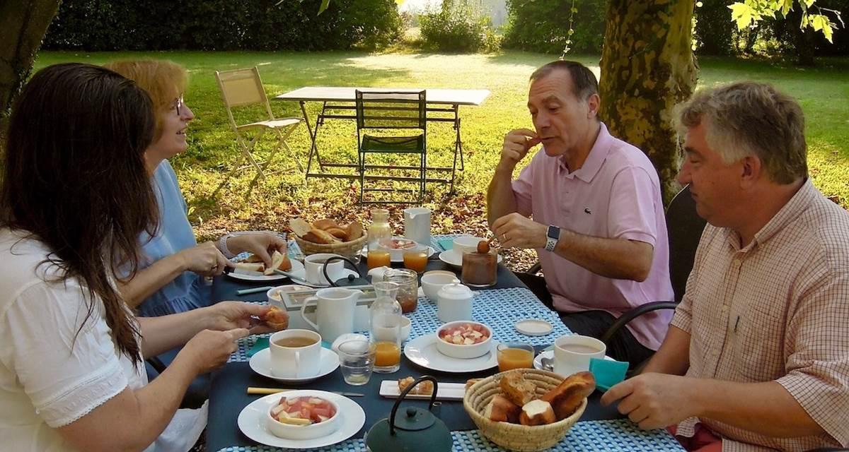 Petit déjeuner Jardin