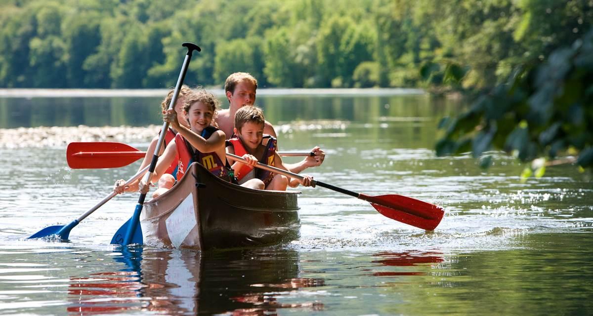 24 - Canoe en famille sur la Dordogne - -® Lot Tourisme - Pierre Soissons