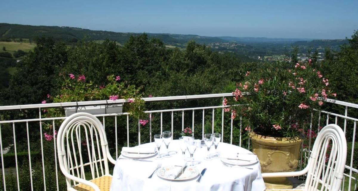 Villa Ric - terrasse vue Vallée de la dordogne