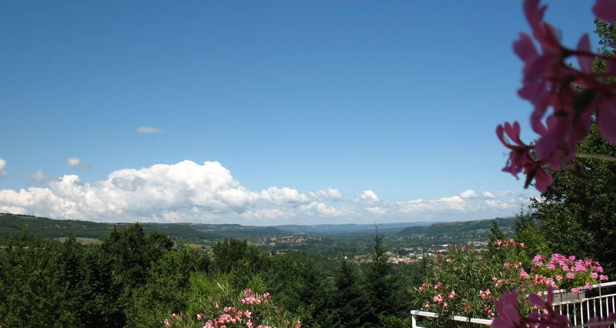 Terrasse vue vallée Dordogne