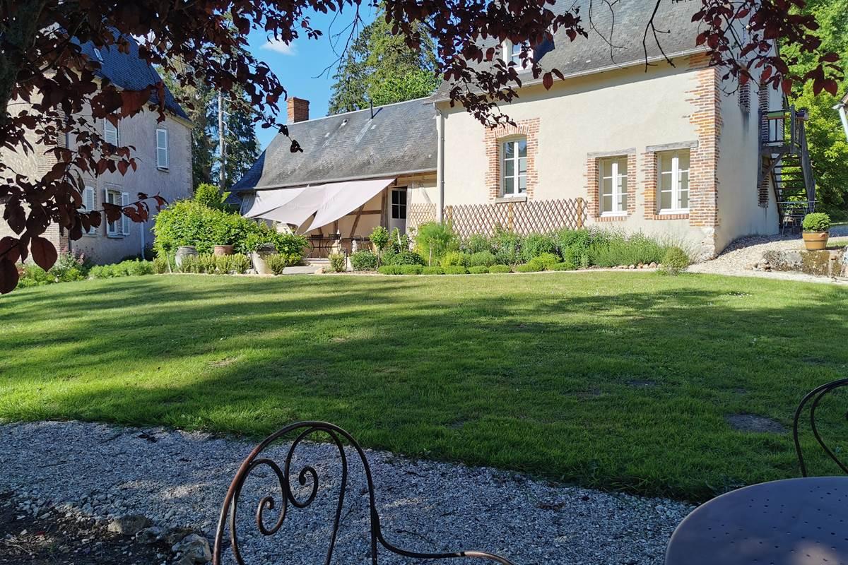 L'Annexe côté jardin et terrasse