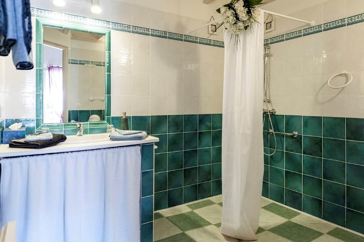 133 Salle de bain chambre Tilleul