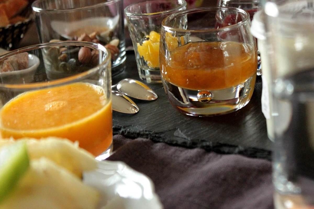 Ambiance petit-déjeuner au Broual, chambres d'hôtes de charme dans le Lot