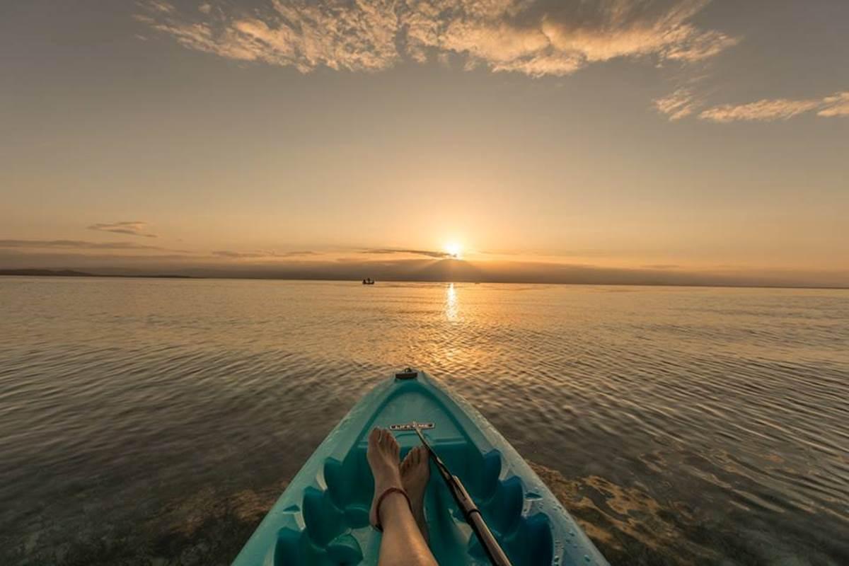 Renting kayak