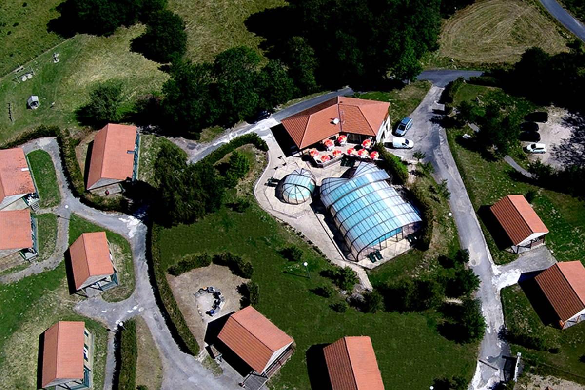Vue accueil et piscine 3