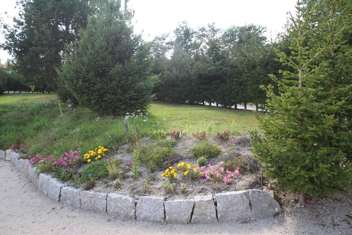 Les Chalets de la Margeride Espaces fleuris