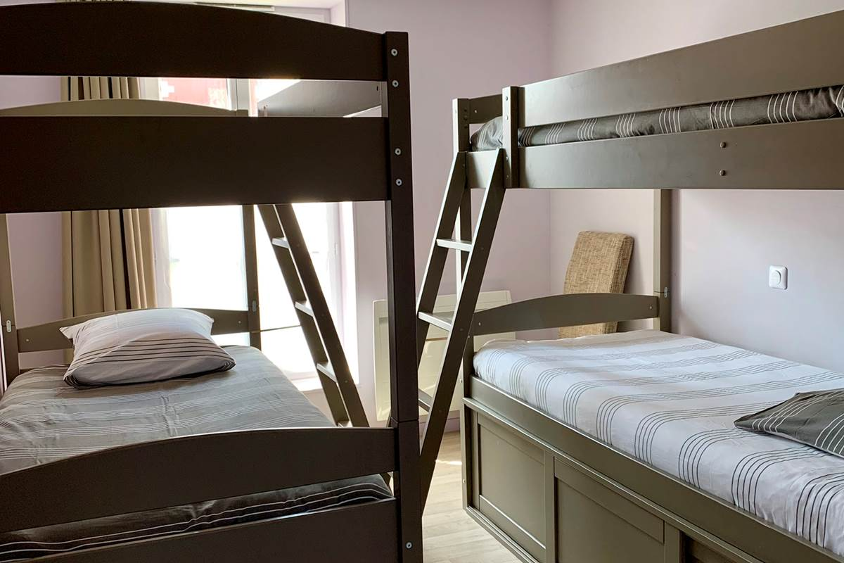 chambre séparée  jusqu'à 4 couchages