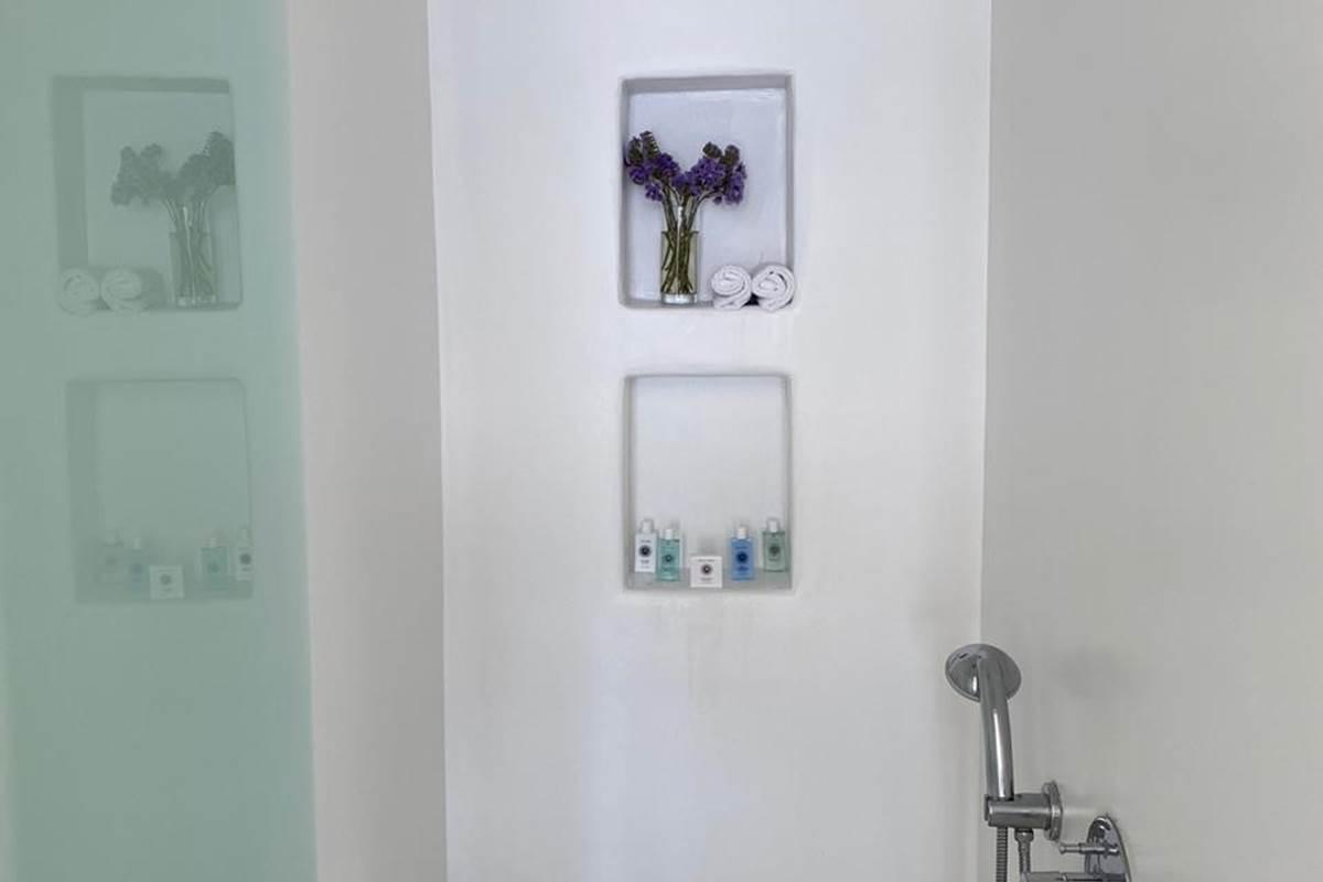 Douche à l'italienne  Suite Villa Zélia Mykonos